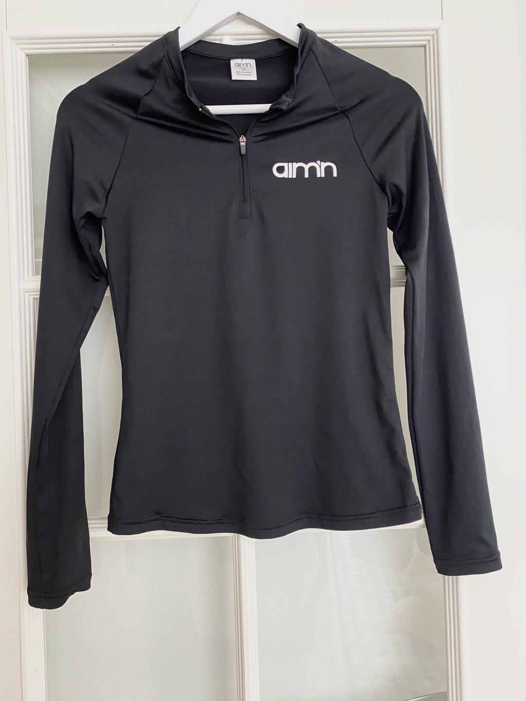 Women's sportswear - AIM'N SPORTSWEAR photo 1