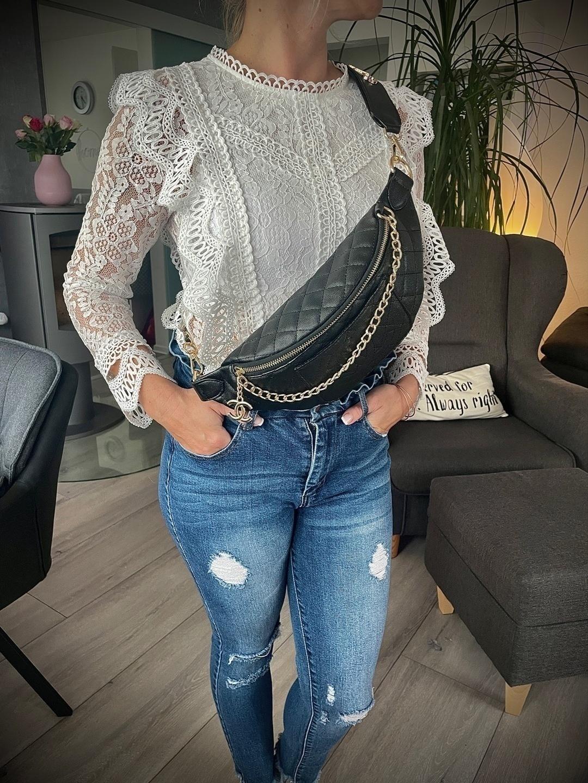 Women's bags & purses - CHANEL photo 3
