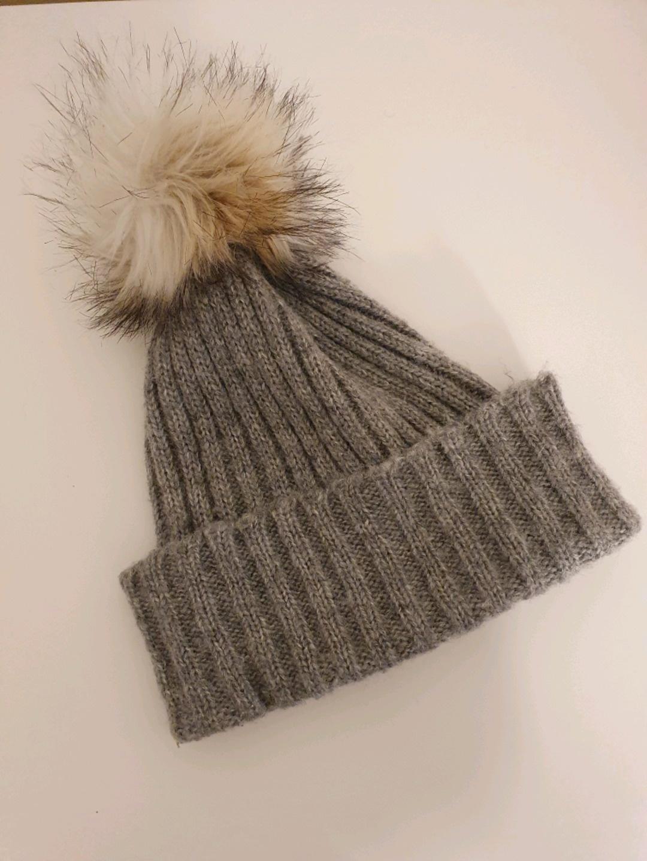 Women's hats & caps - PIECES photo 1