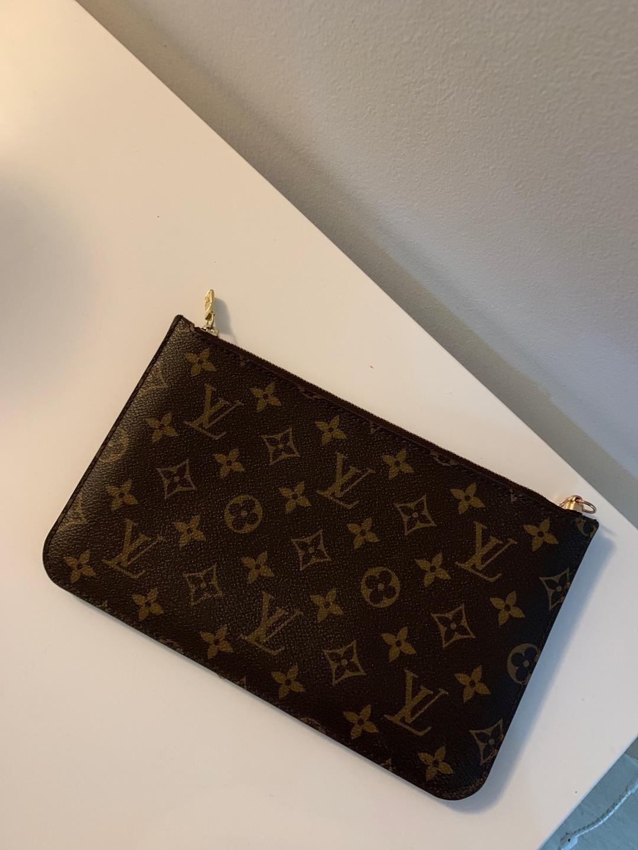 Women's bags & purses - LOUIS VUITTON photo 2