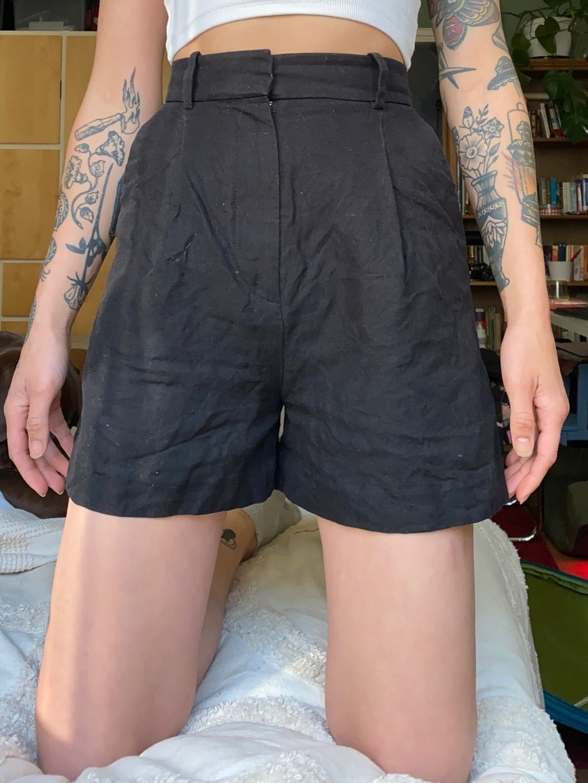 Damen shorts - & OTHER STORIES photo 1