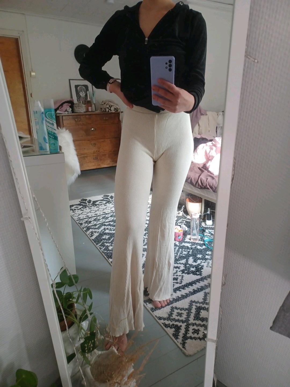 Naiset housut & farkut - BERSHKA photo 4