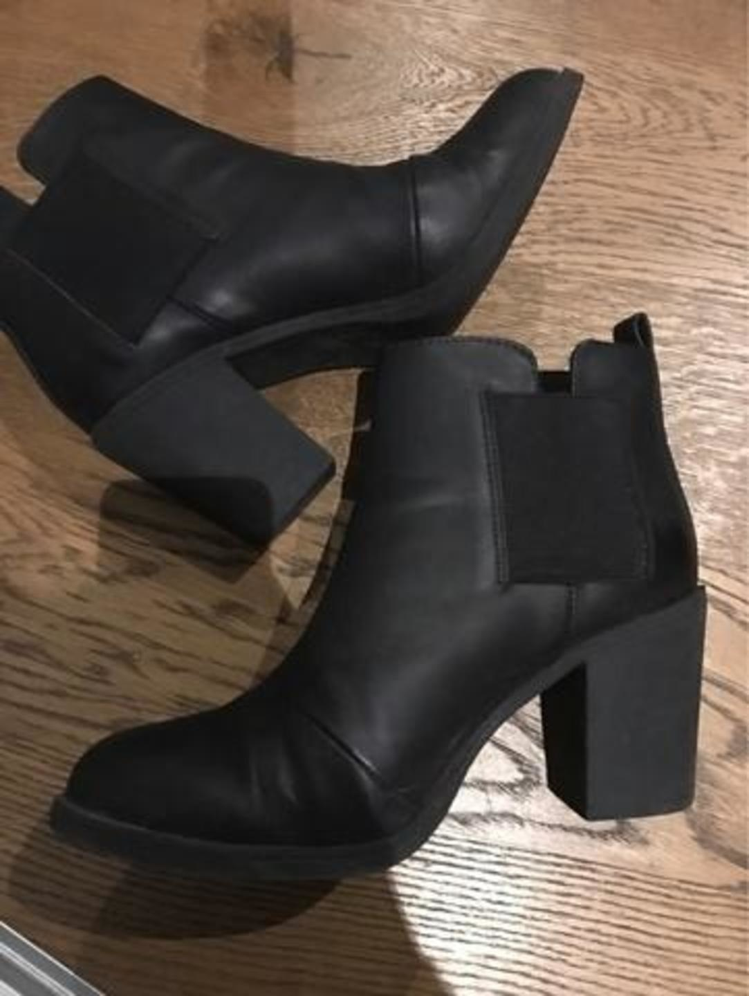 Women's boots - H&M photo 1