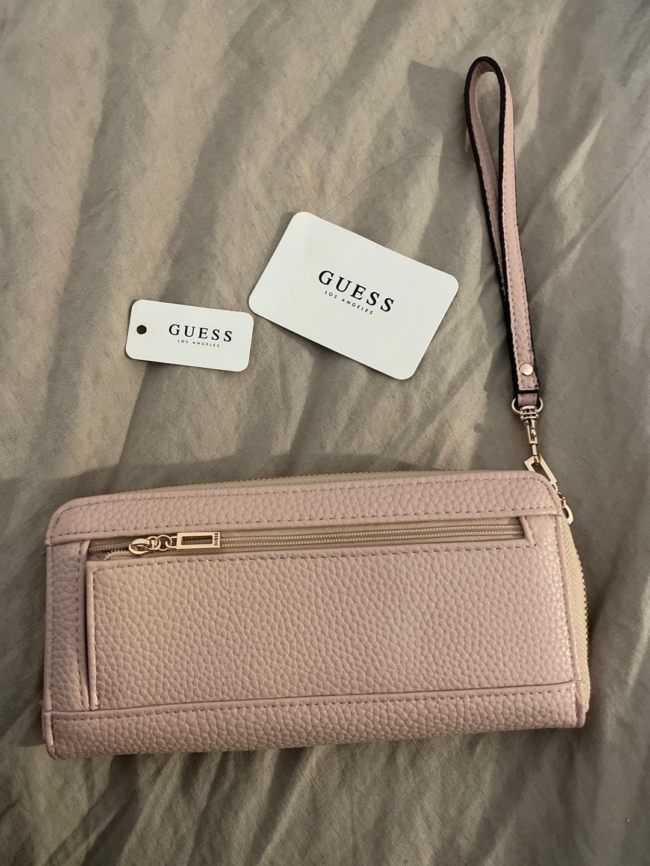 Naiset laukut & lompakot - GUESS photo 2