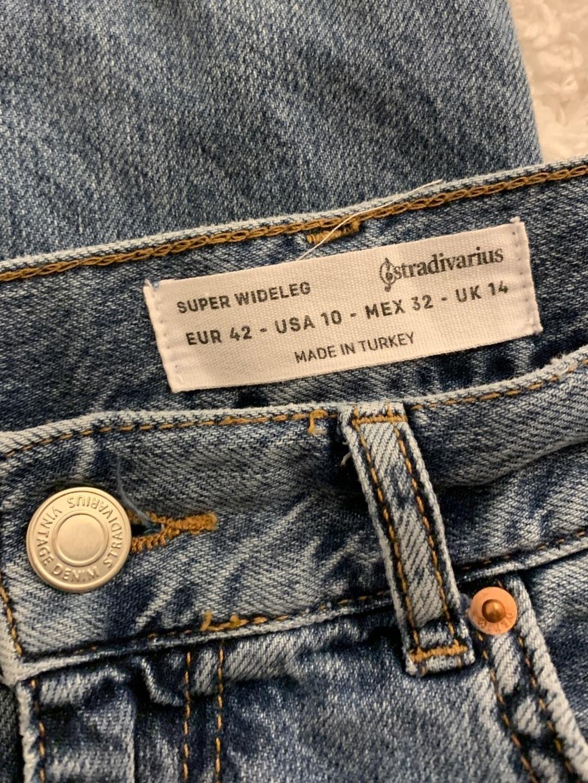 Women's trousers & jeans - STRADIAVARIUS photo 3