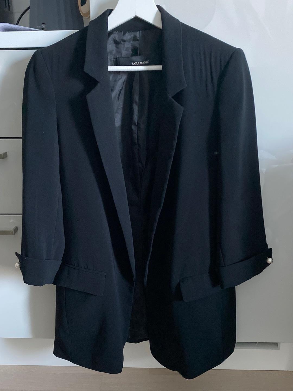 Naiset takit & jakut - ZARA photo 1