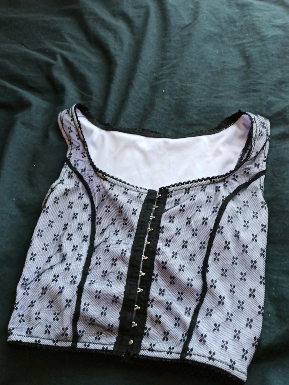 Damers toppe og t-shirts - - photo 1
