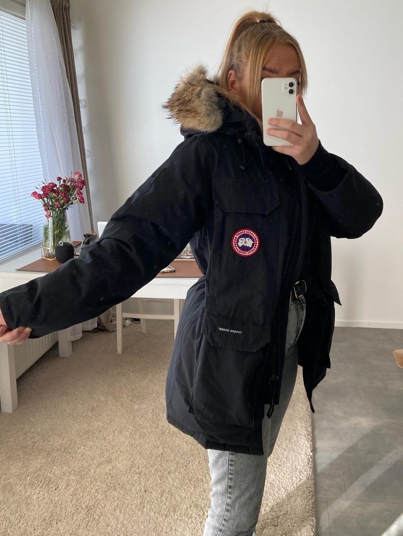 Naiset takit & jakut - CANADA GOOSE photo 1