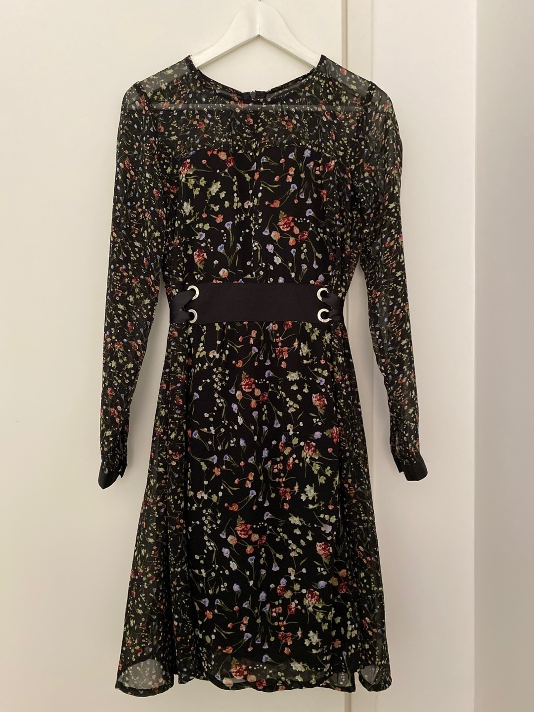 Women's dresses - RESERVED photo 1