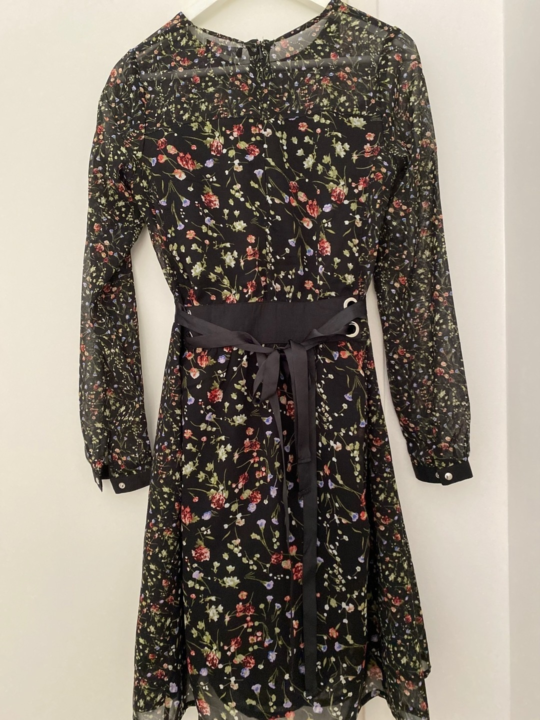 Women's dresses - RESERVED photo 3