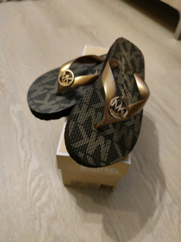 Women's sandals & slippers - MICHAEL KORS photo 1