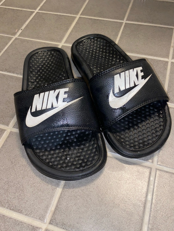 Damers sandaler & tøfler - NIKE photo 1