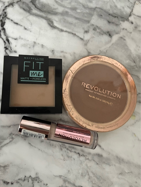 Women's cosmetics & beauty - MAKEUP REVOLUTION photo 1