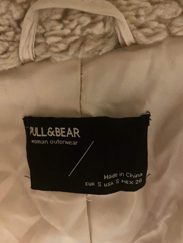 Damers frakker og jakker - PULL&BEAR photo 3
