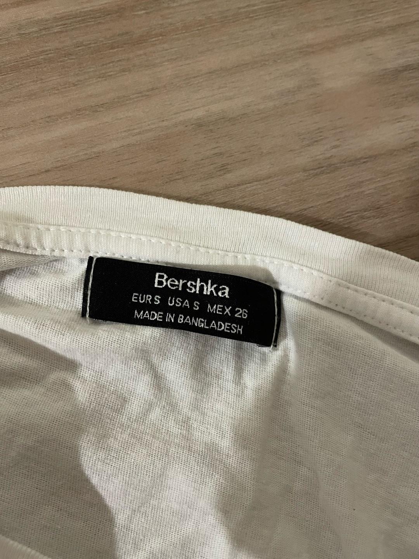 Naiset topit & t-paidat - BERSHKA photo 2