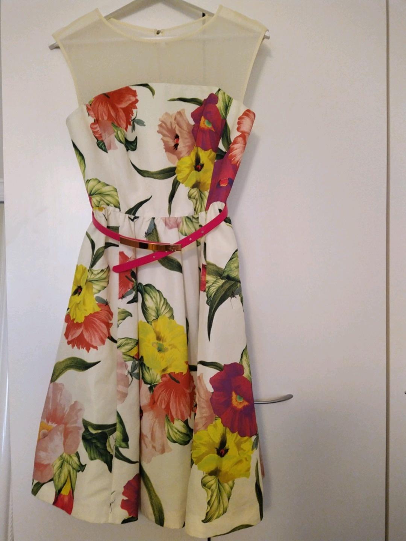 Damers kjoler - TED BAKER photo 1