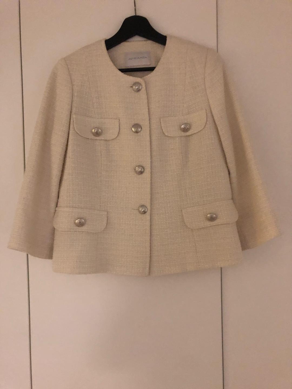 Naiset takit & jakut - ANDIATA photo 1