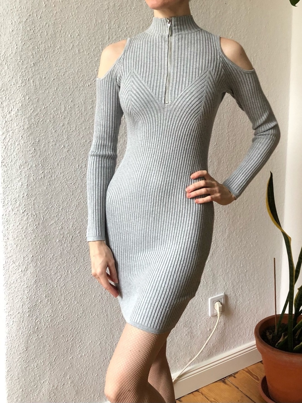 Damers kjoler - GUESS photo 1