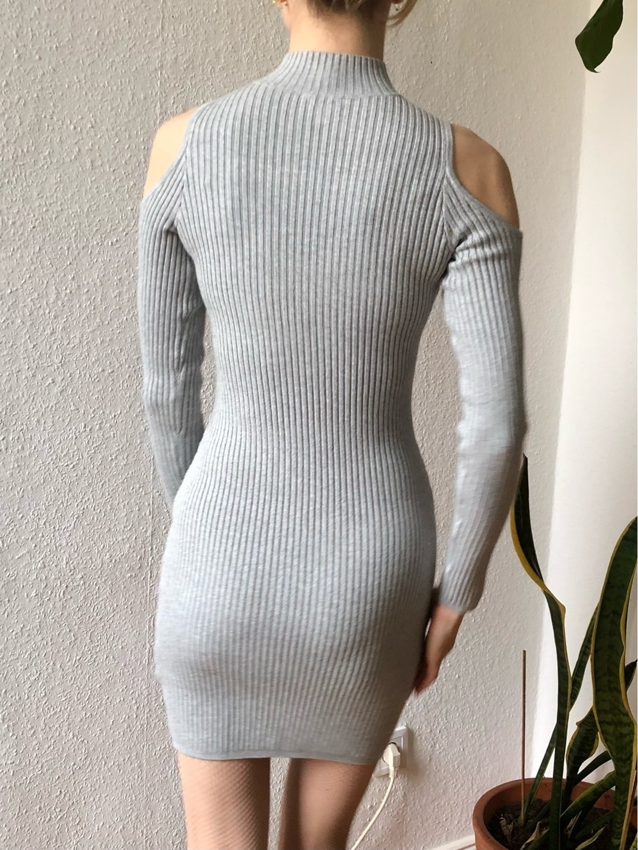 Damers kjoler - GUESS photo 2