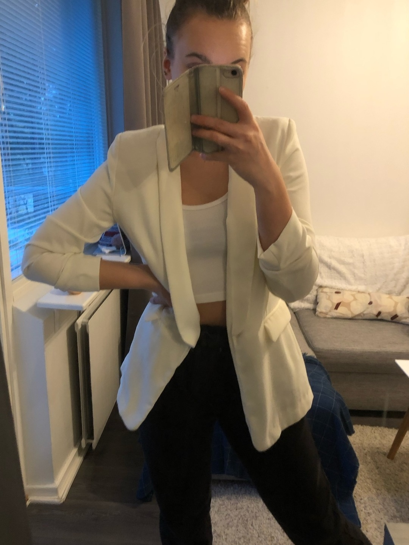 Damers frakker og jakker - LEFTIES photo 1