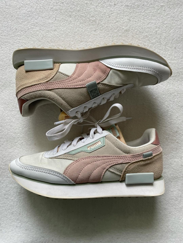 Women's sneakers - PUMA photo 1