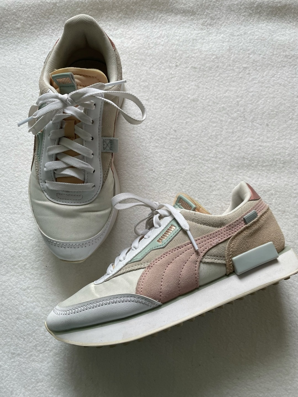 Women's sneakers - PUMA photo 3