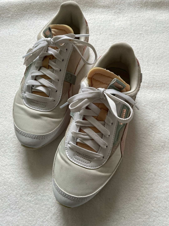 Women's sneakers - PUMA photo 4