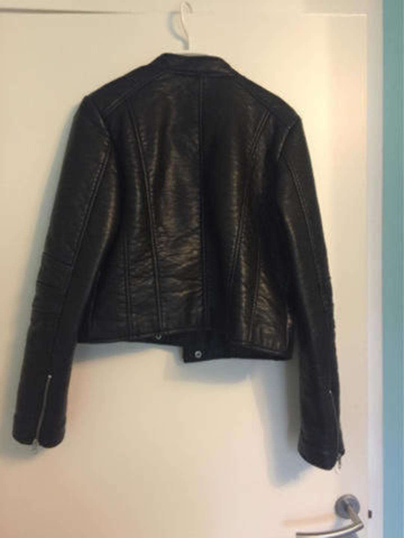 Women's coats & jackets - MESSAGE photo 2