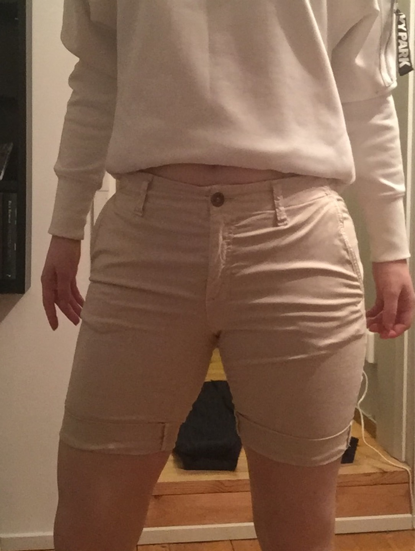 Women's shorts - GANT photo 1