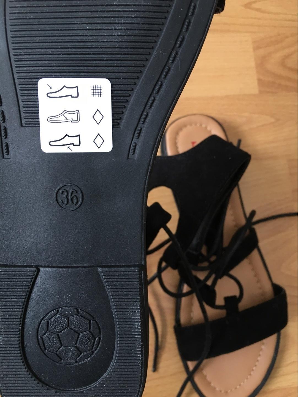 Women's sandals & slippers - - photo 3