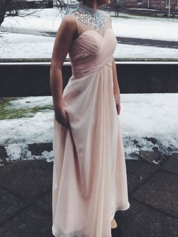 Women's dresses - MECCO photo 1