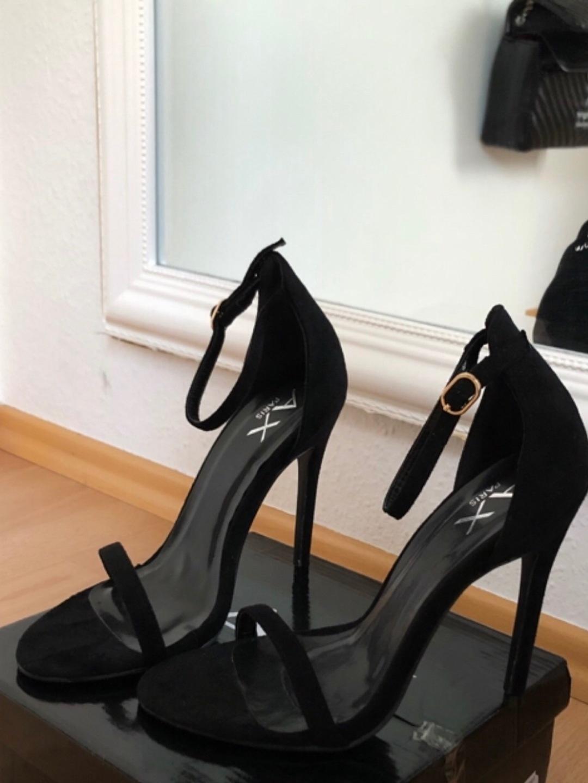 Women's heels & dress shoes - AX PARIS photo 1