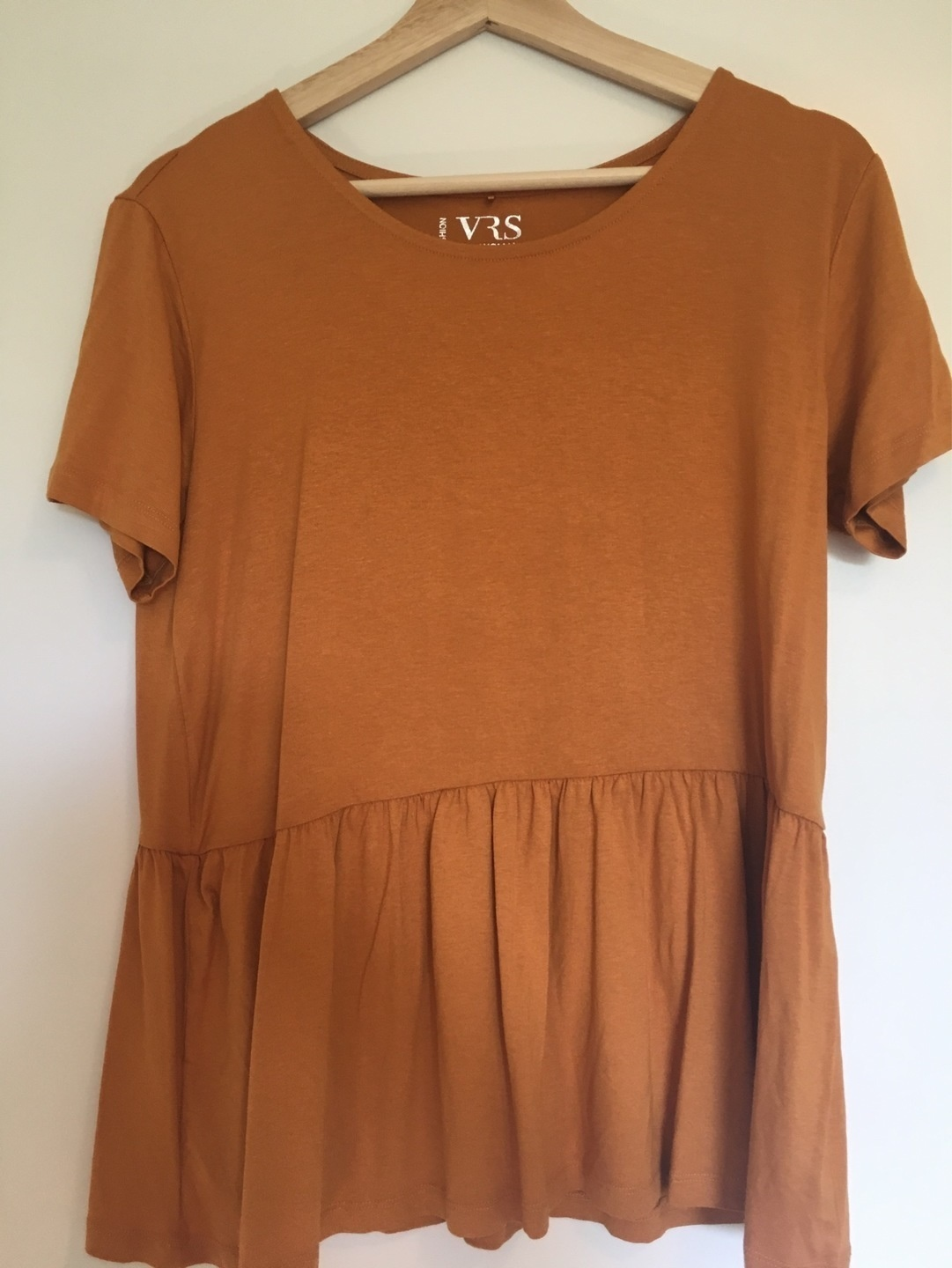 Women's tops & t-shirts - VRS photo 1