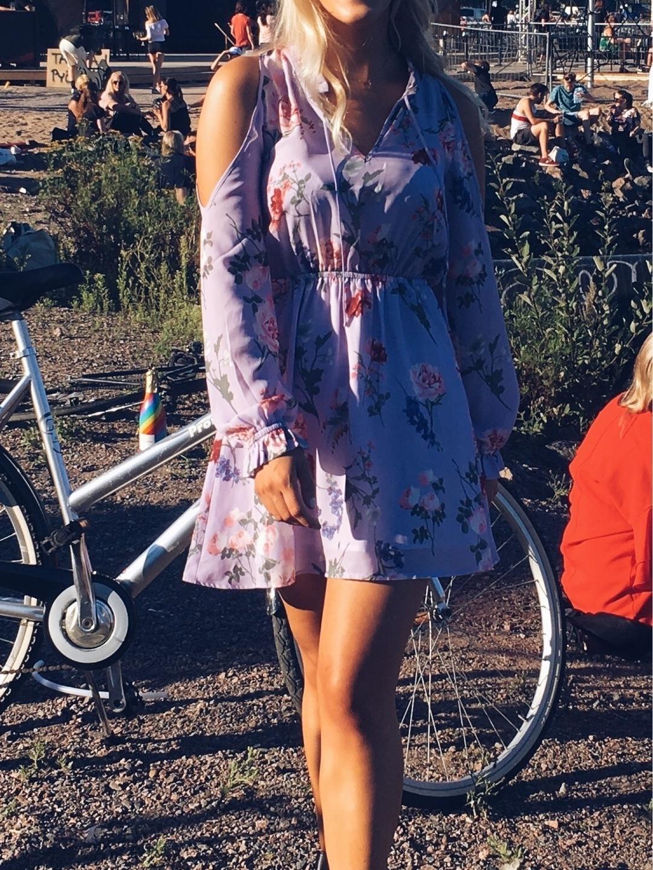Women's dresses - IVYREVEL photo 3