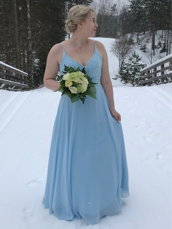 Damers kjoler - MECCO photo 1