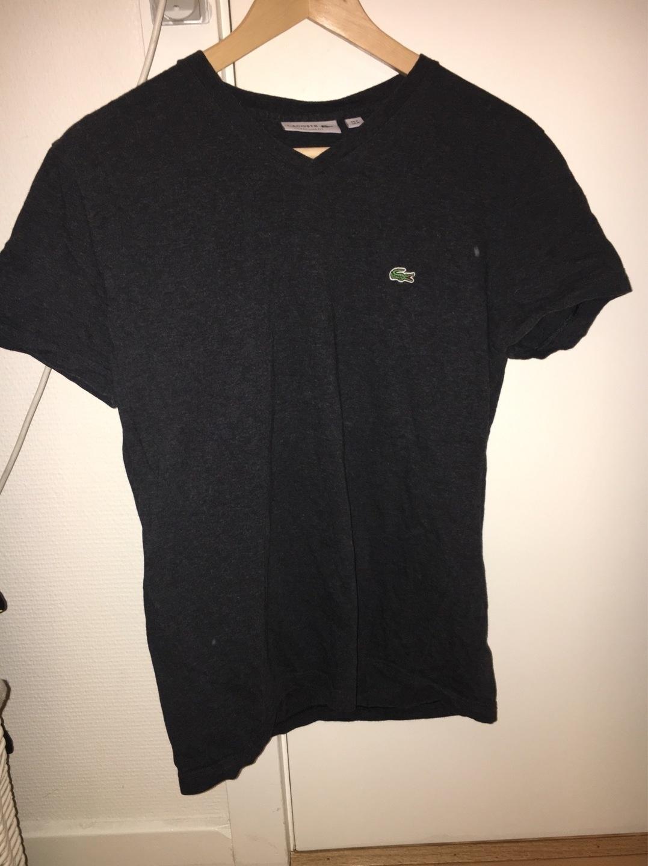 Women's tops & t-shirts - LACOSTE photo 1
