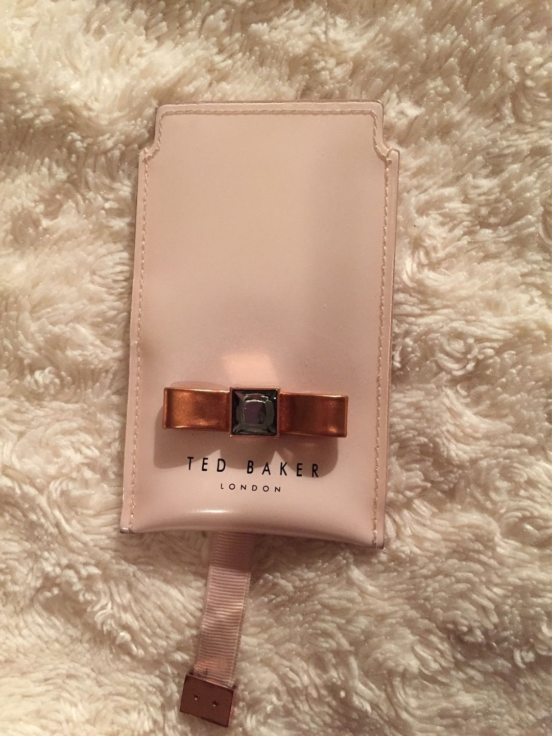 Women's phones & tablets - TED BAKER photo 1