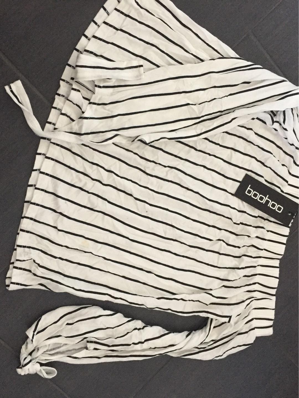 Women's blouses & shirts - BOOHOO photo 1
