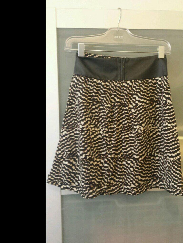 Women's skirts - ORSAY photo 2