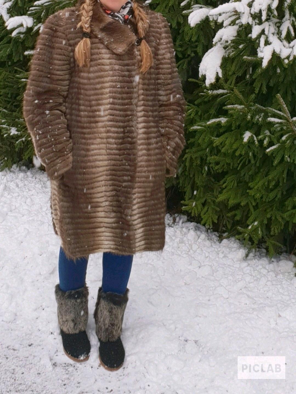 Women's coats & jackets - KATA photo 1