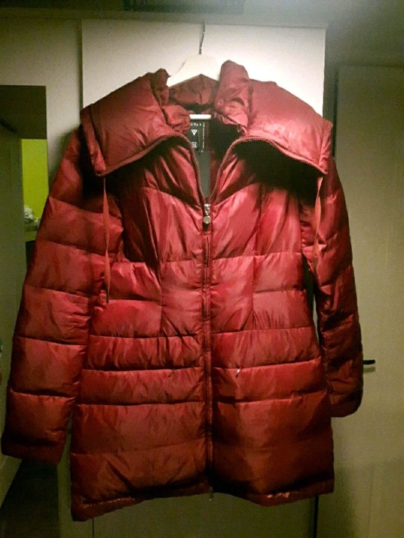 Naiset takit & jakut - GUESS photo 1