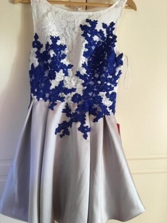 Women's dresses - JJ'S HOUSE photo 1