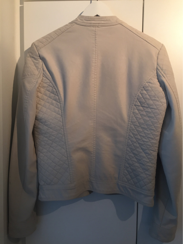 Women's coats & jackets - GAUDI photo 2
