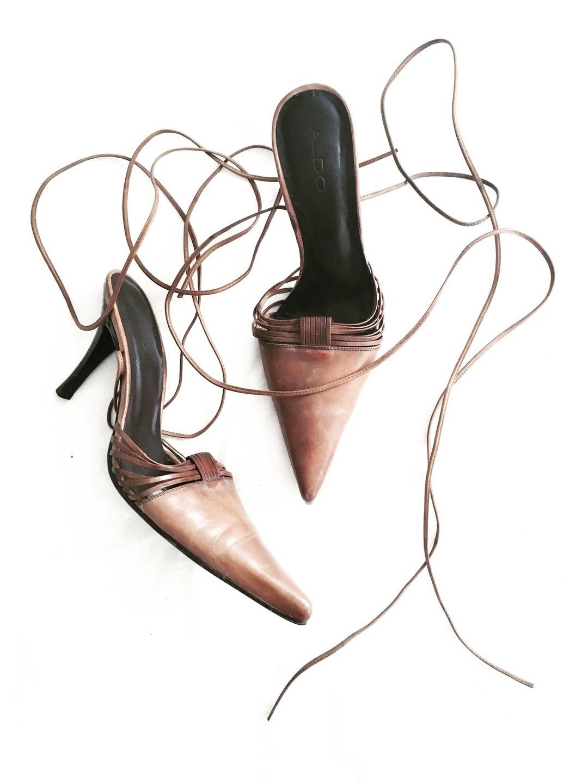 Women's heels & dress shoes - VINTAGE photo 1
