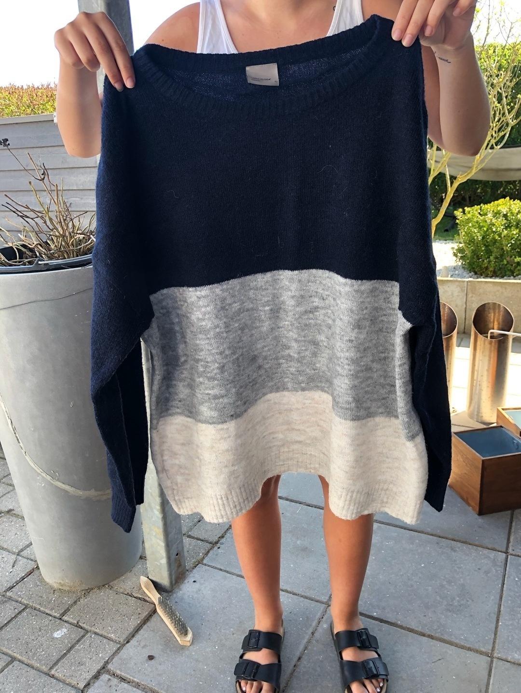 Naiset neuleet & villatakit - VERO MODA photo 1