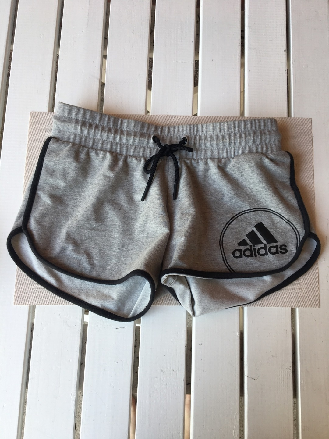 Women's shorts - ADIDAS photo 1