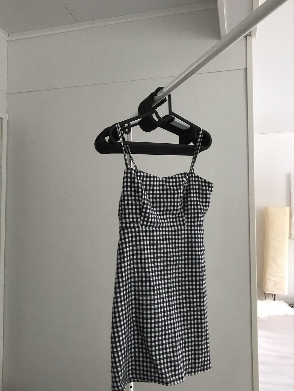 Women's dresses - BRANDY MELVILLE photo 2