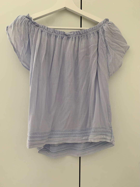 Women's blouses & shirts - HOLLISTER photo 2