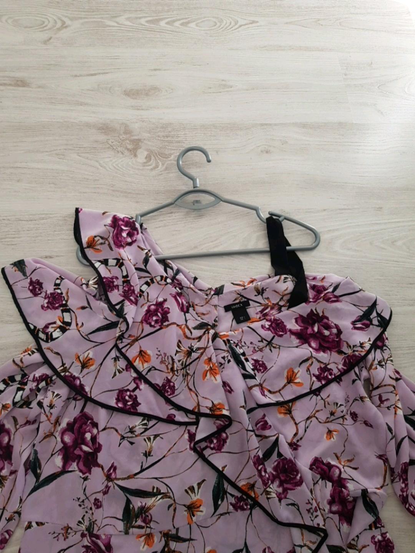 Damen blusen & t-shirts - LINDEX photo 2