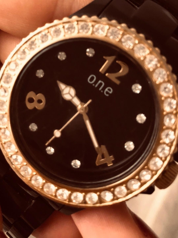 Damen armbanduhren - O.N.E photo 3